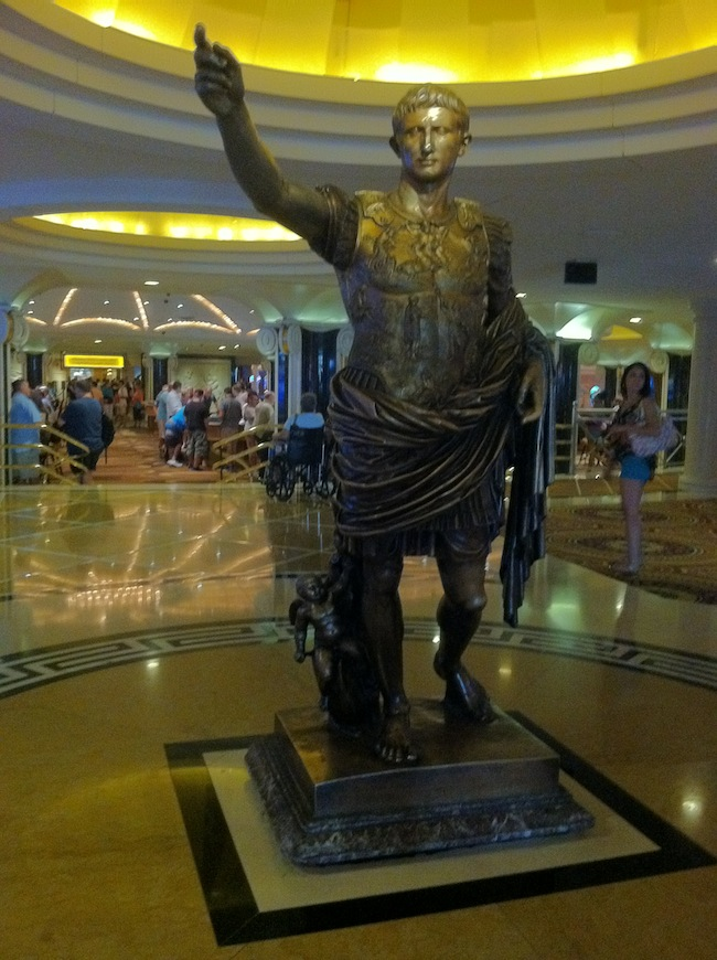 Caesars 25 off cyber week sale in las vegas edge vegas for Las vegas hotels black friday deals