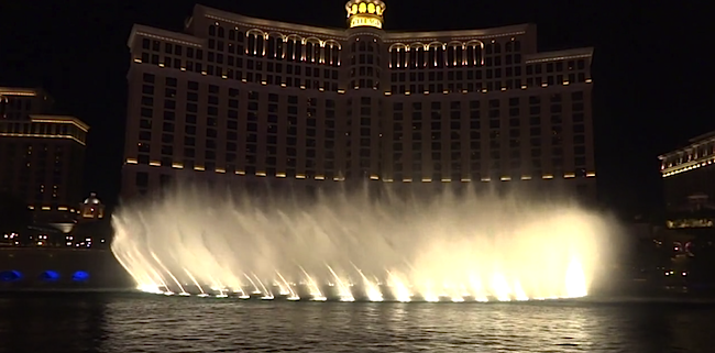 The Tiesto Fountain Show At Bellagio Looks Good